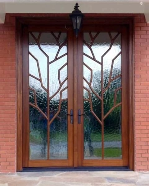 Double Entry Doors With Decorative Gl