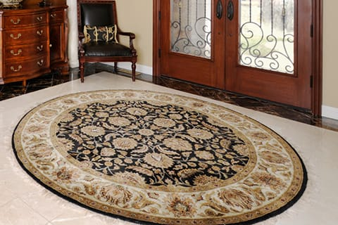 Best type of rug for front door - shape