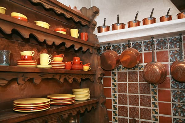 Outdated decorating trends - tuscan kitchen