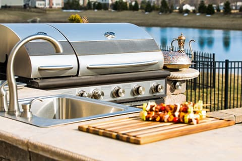 Outdoor kitchen ideas - built in sink