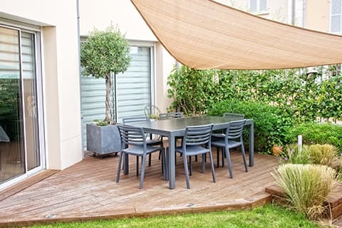 Small patio ideas - patio canopy