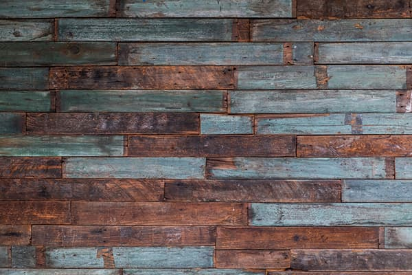 Weekend project: reclaimed wood wall