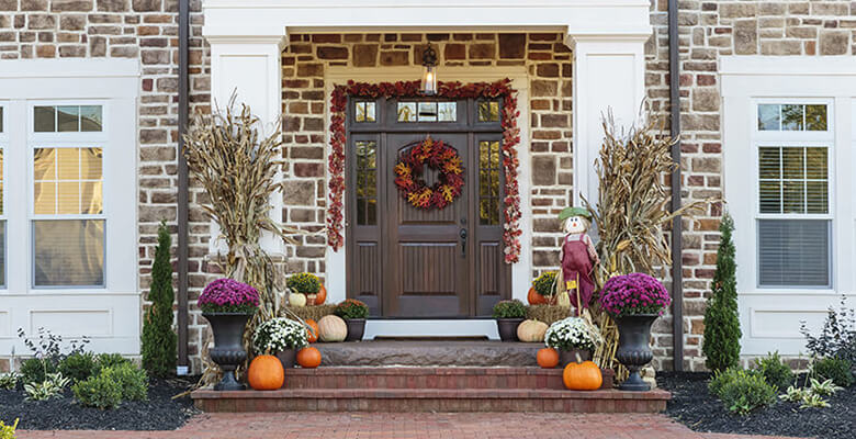 Brilliant and beautiful fall front door decorating ideas