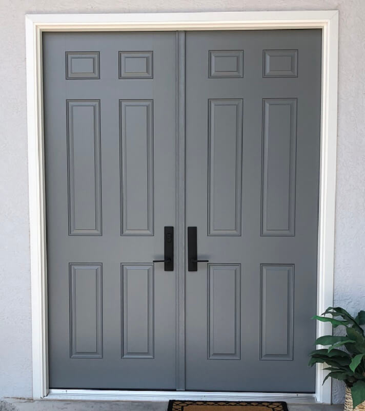 37 Year Old El Paso Home Gets New Fiberglass Entry Door