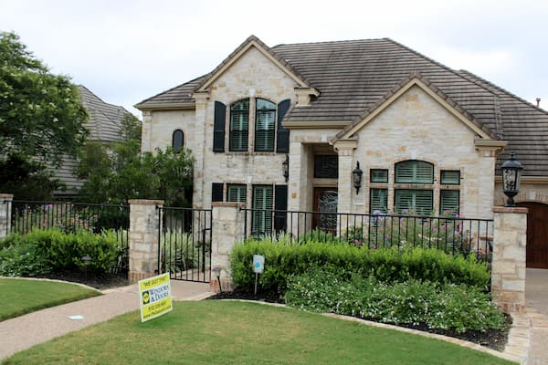 Pella Impervia Windows Improve Austin Area Home