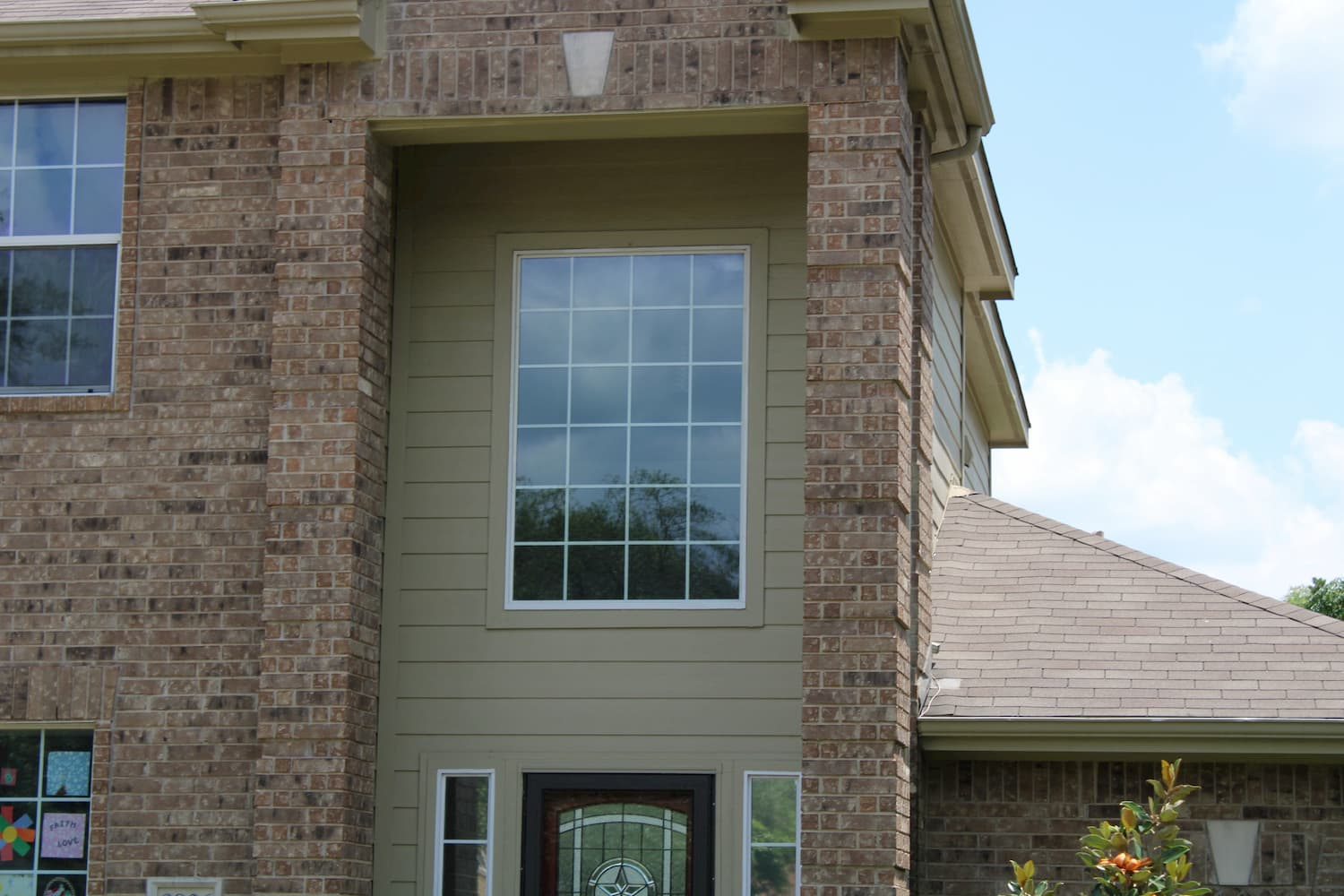 Replacement Pella 250 series windows for North Austin home