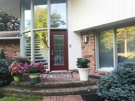 after image of cleveland home with new fiberglass entry door