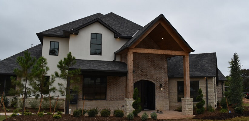 Wood Windows In Traditional Edmond Home