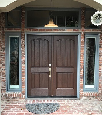 exterior view of replacement fiberglass entry door