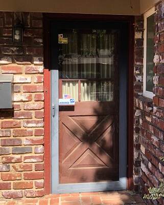 before image of oklahoma city home with new fiberglass entry door