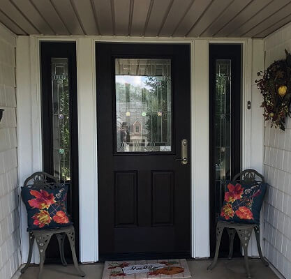 oklahoma city home with new front entry door