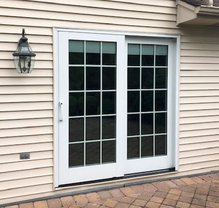Lifestyle Series Patio Door Provides Privacy & Energy Efficiency