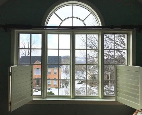 Wood Windows with Attention to Detail for Clinton Home