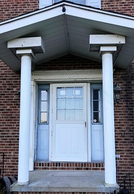 before image of pittsburgh home with new fiberglass entry door