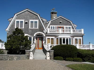 Martha's Vineyard Home Gets All-New Windows
