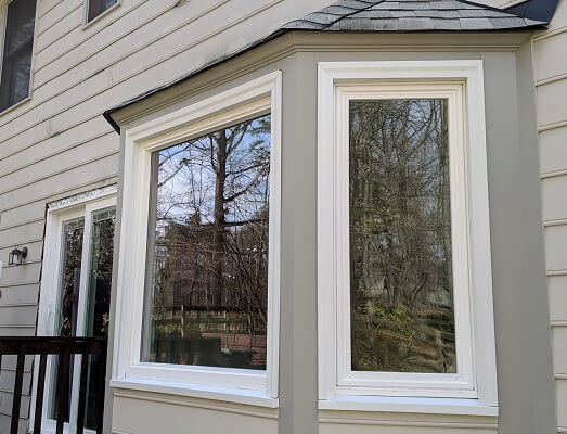 side view of henrico home with new vinyl casement windows