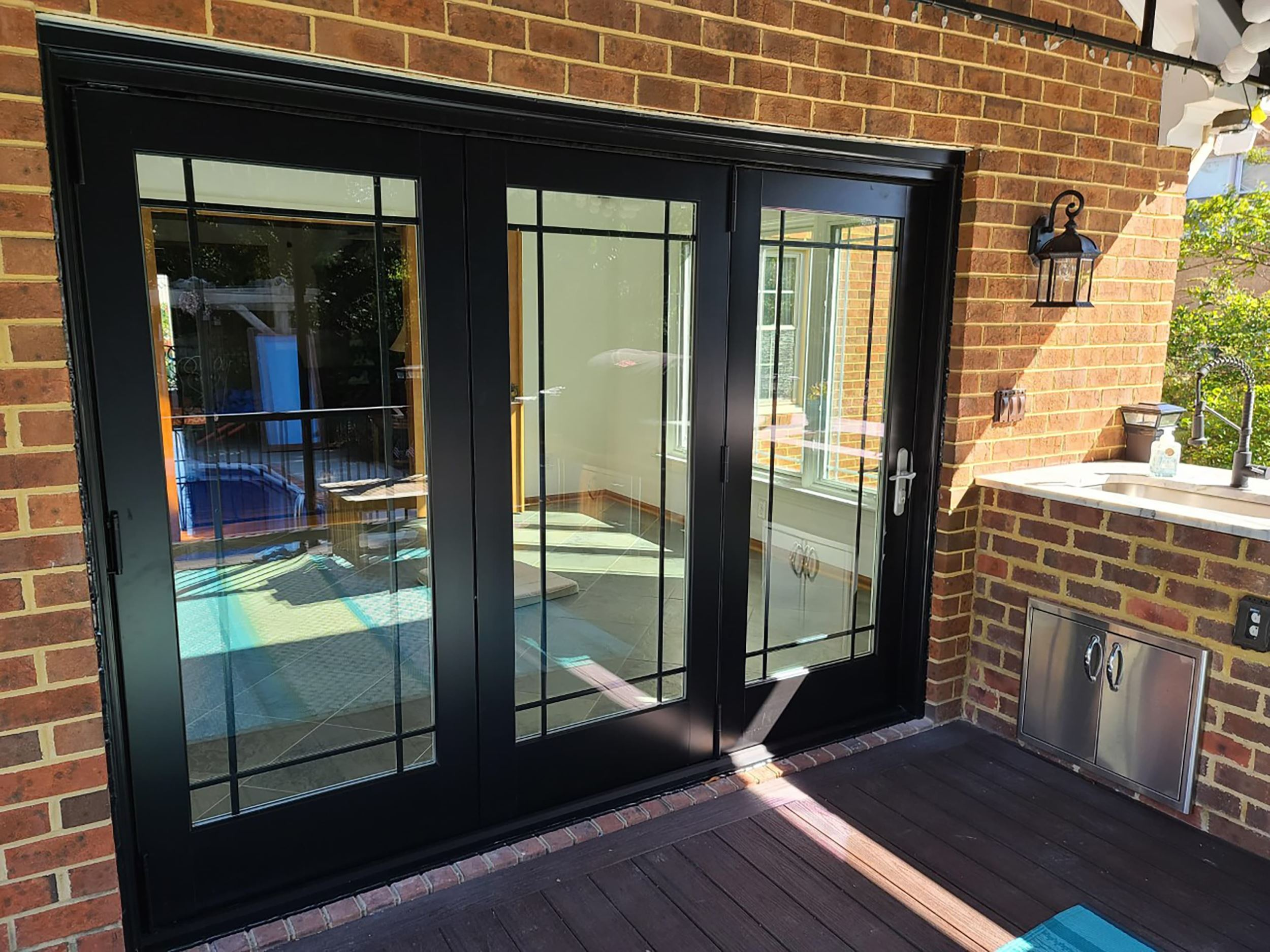 Bifold Patio Doors Open up Virginia Beach Home