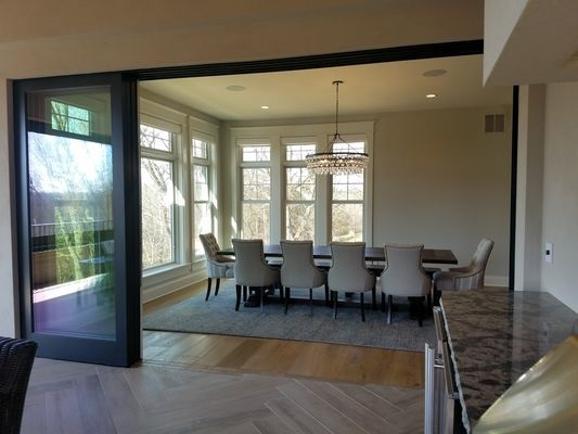 double-hung windows in dubuque dining room